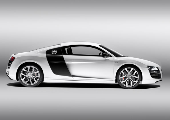audi r8 audi r8 wei mit schwarzen sideblades. Black Bedroom Furniture Sets. Home Design Ideas