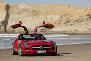 Mercedes-Benz SLS AMG Fluegeltuerer