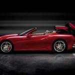 Ferrari California während des Öffnens